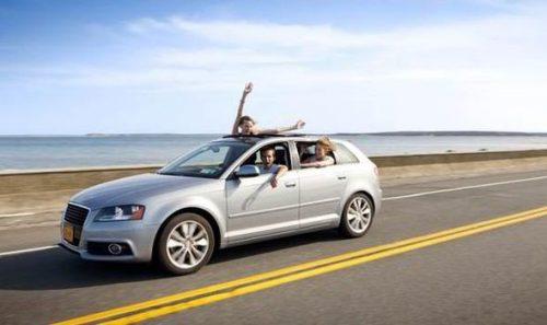 Cu mașina închiriată la drum lung!